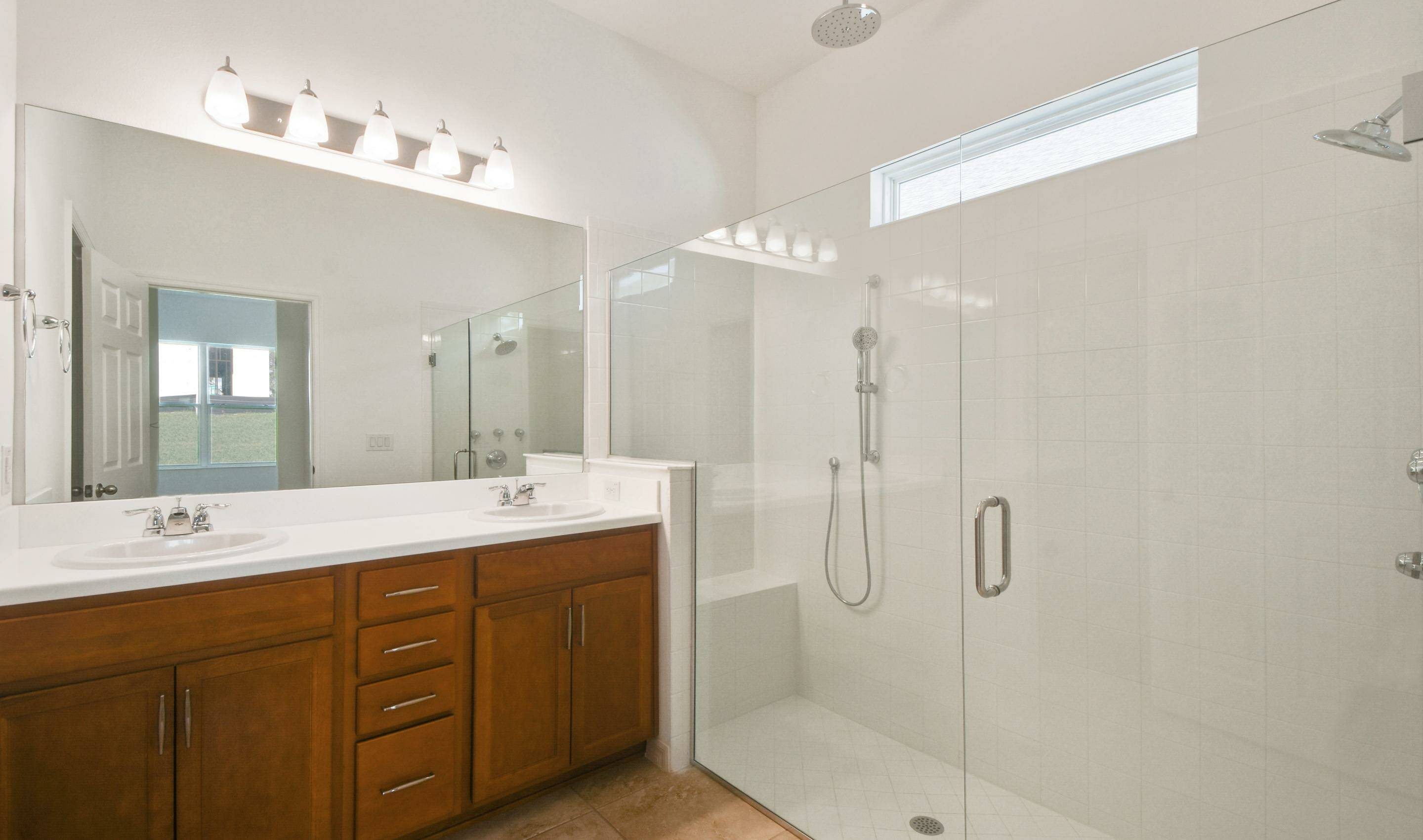owners ultra spa bath in the saint croix in hilltop reserve new homes in apopka florida