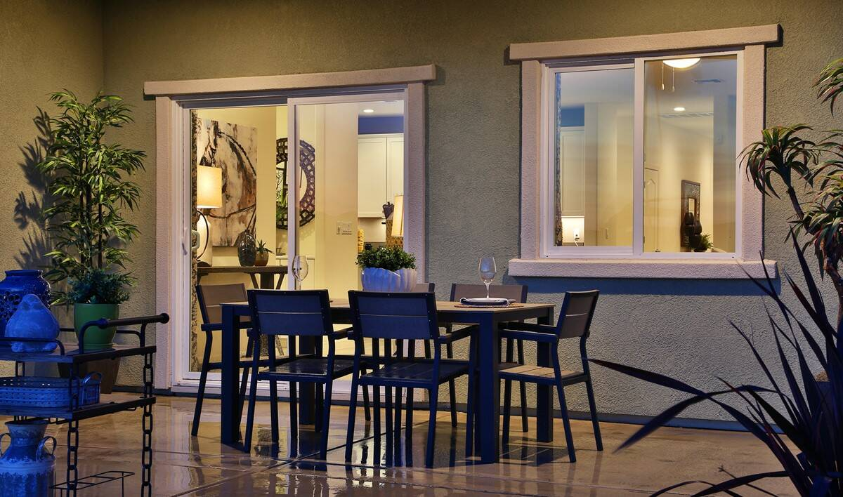 yosemitie-covered-patio-aspire-at-bellevue-new-homes-merced-ca