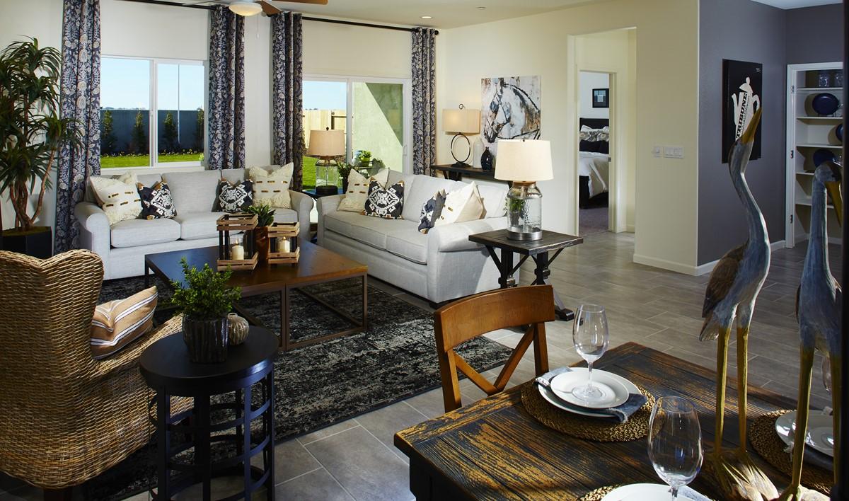 yosemitie-great-room-aspire-at-bellevue-new-homes-merced-ca