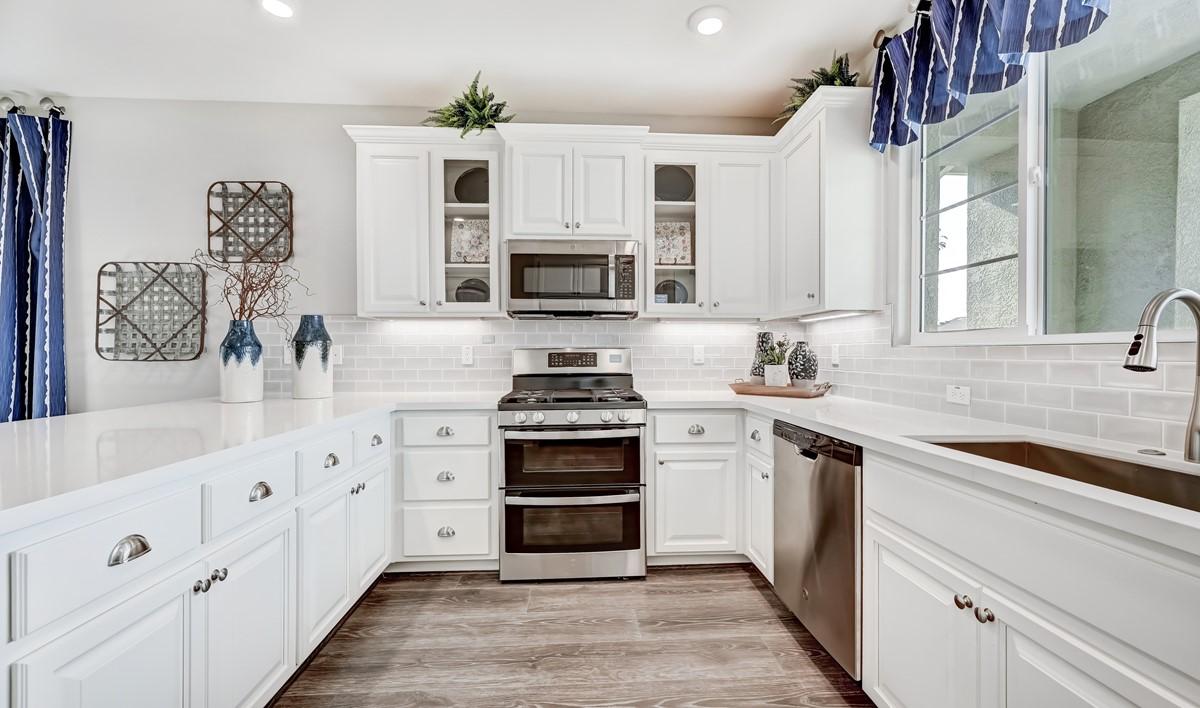 67108_Lavaux at Vineyard Terrace_Aspen_Kitchen