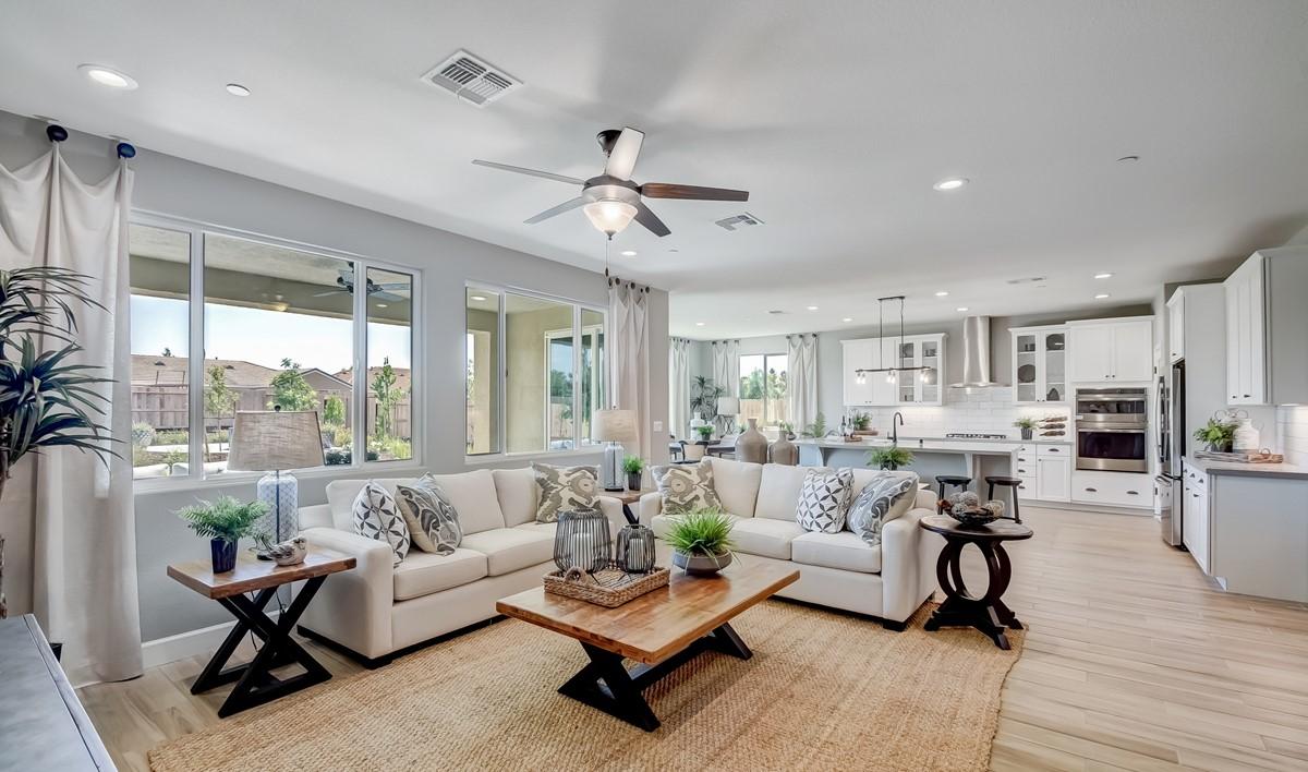 5455_Rio Del Oro_Orchid_Living Room-4