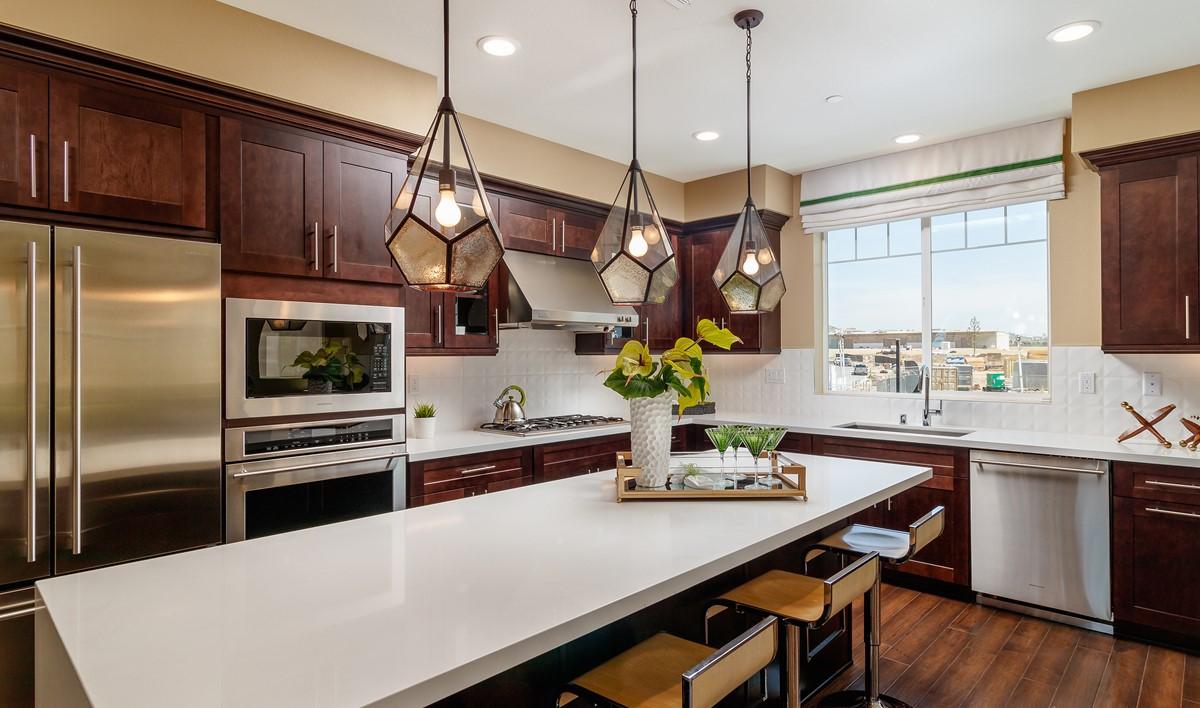 metropolis-kitchen-deco-at-cadence-park-new-homes-irvine-ca
