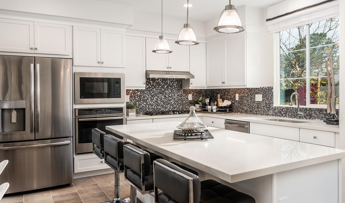 pontiac-kitchen-deco-at-cadence-park-new-homes-irvine-ca