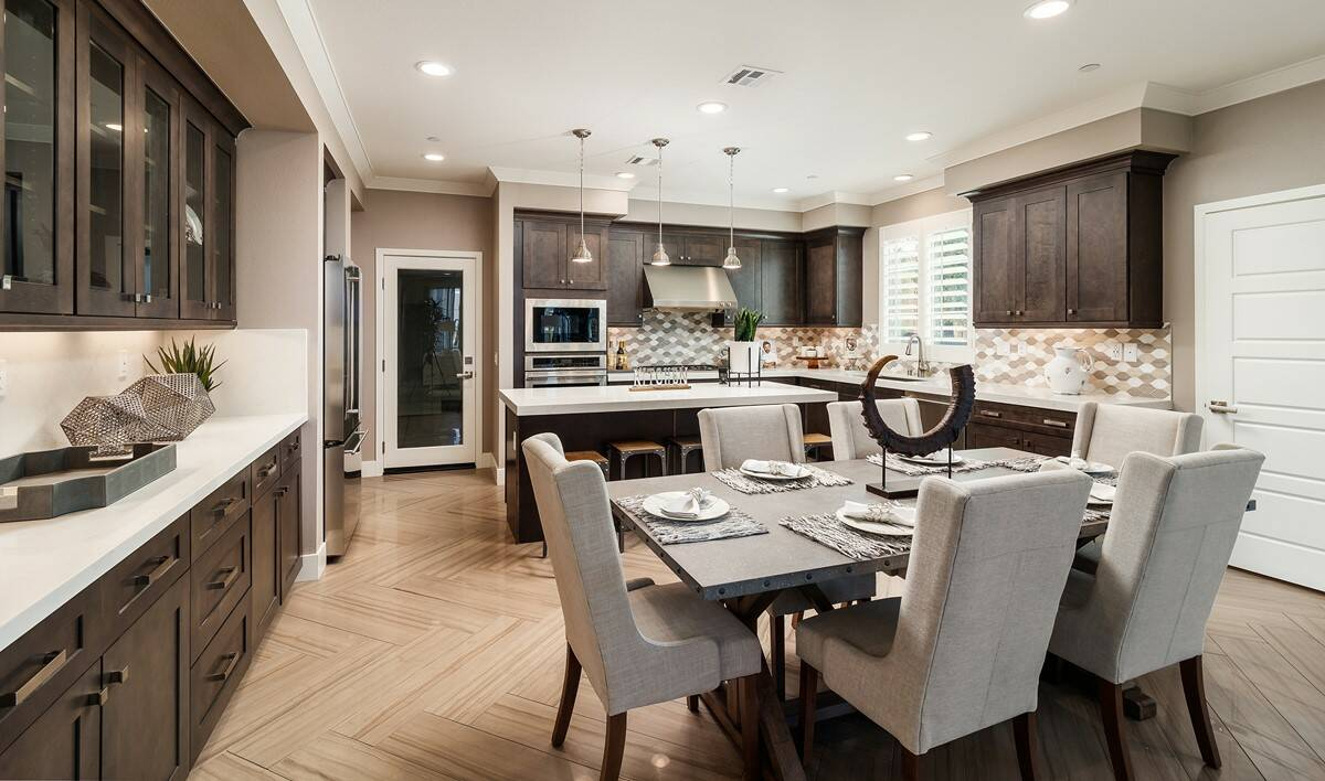waverly-da-to-kitchen-deco-at-cadence-park-new-homes-irvine-ca