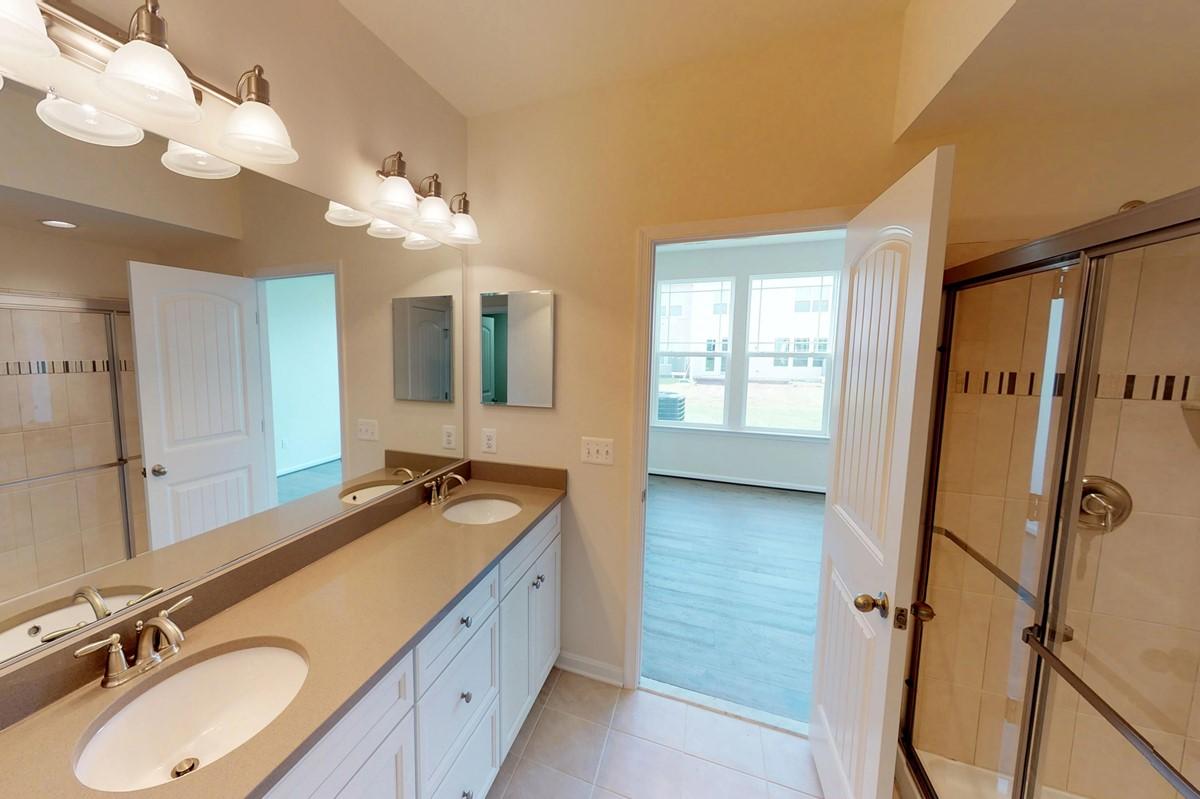owners bath1-1 seashore II 6 lot 165 new homes at beach club