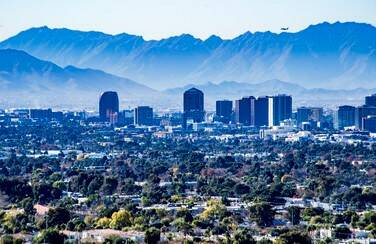 11 805 x 453 58605_Downtown Phoenix AZ GettyImages-1088543852