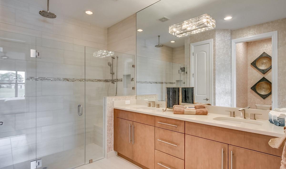 Boca Dunes Calista II Owners Bath