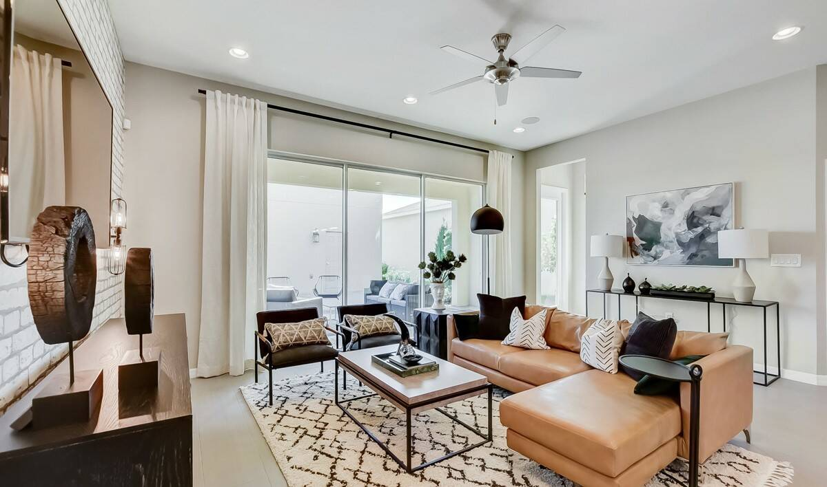 58028_Winding Bay_Suncrest_Great Room