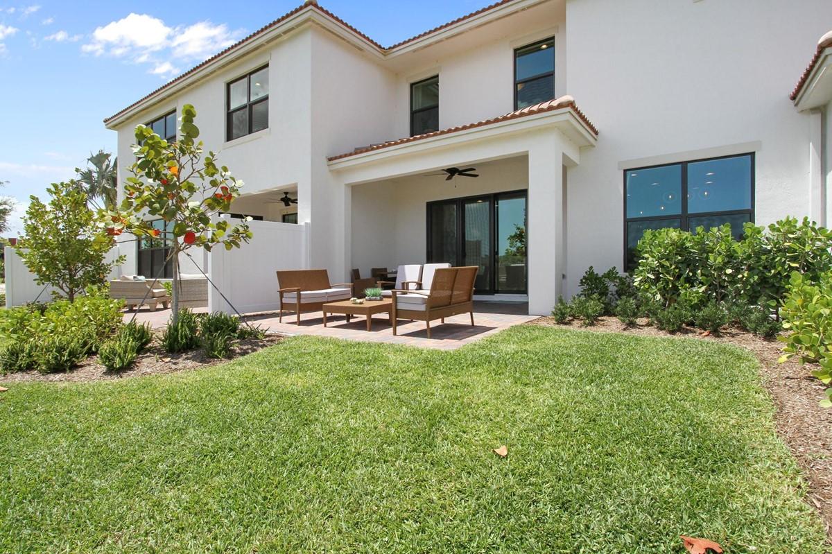 32_back exterior bonaire enclave new homes in boca raton