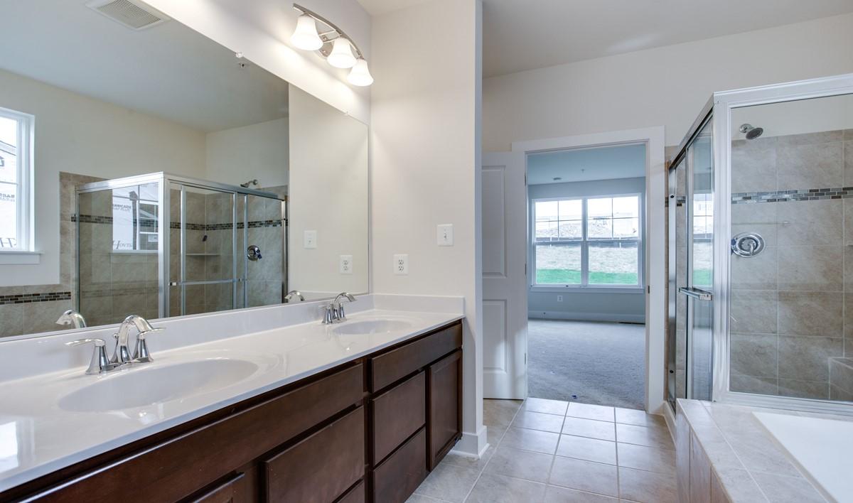 owners luxury bath