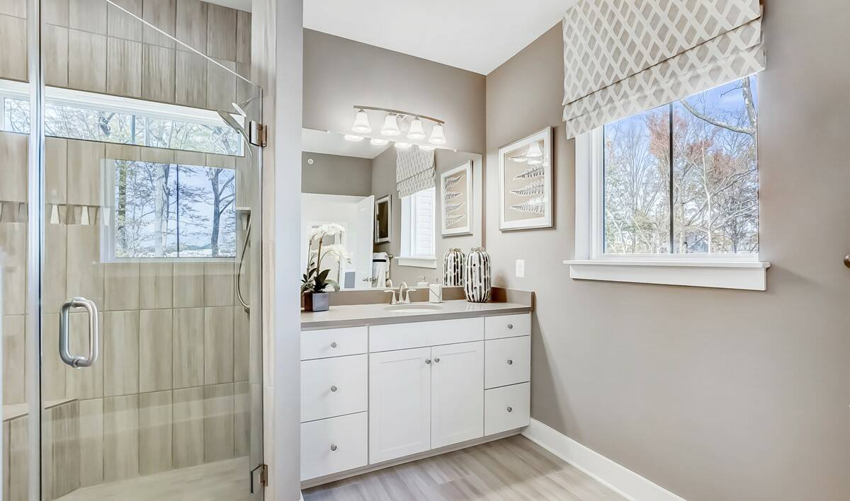 Owners Suite Bath-3