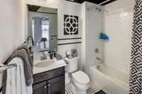 2048x1364 Dorchester Hall bath