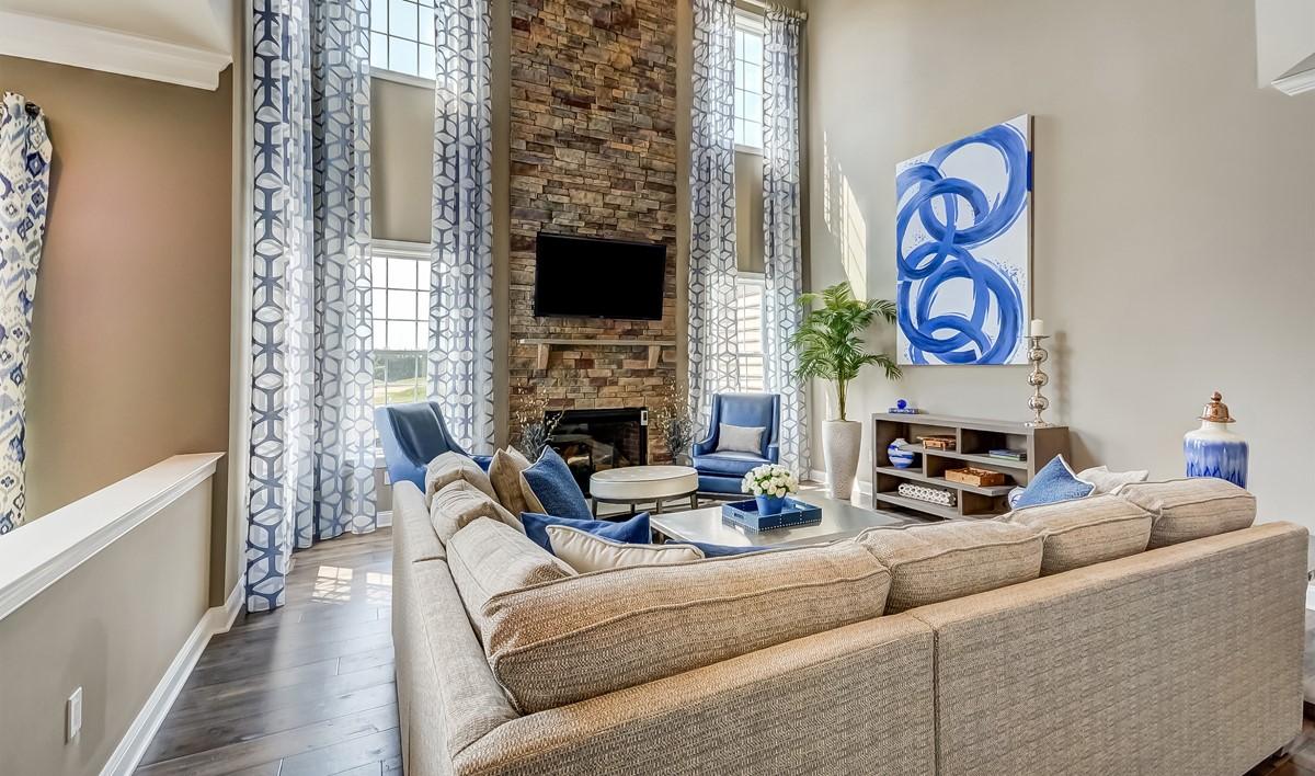 khov_Tanglewood Estates_Boulder II_family room 4