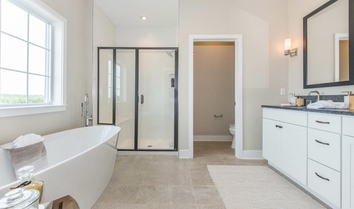 63514_Hilltop at Cedar Grove_Haverford_Owner_s Bath
