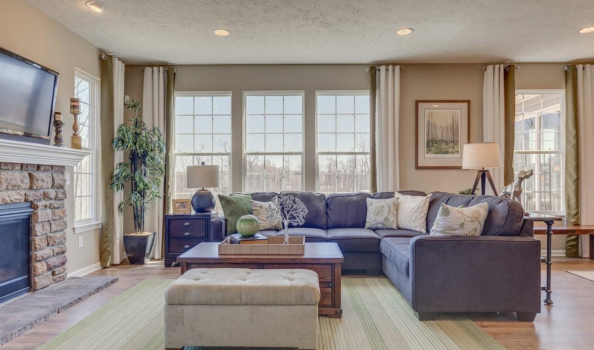 Khov_Ohio_Woodridge Place_Appleton_Great Room 1