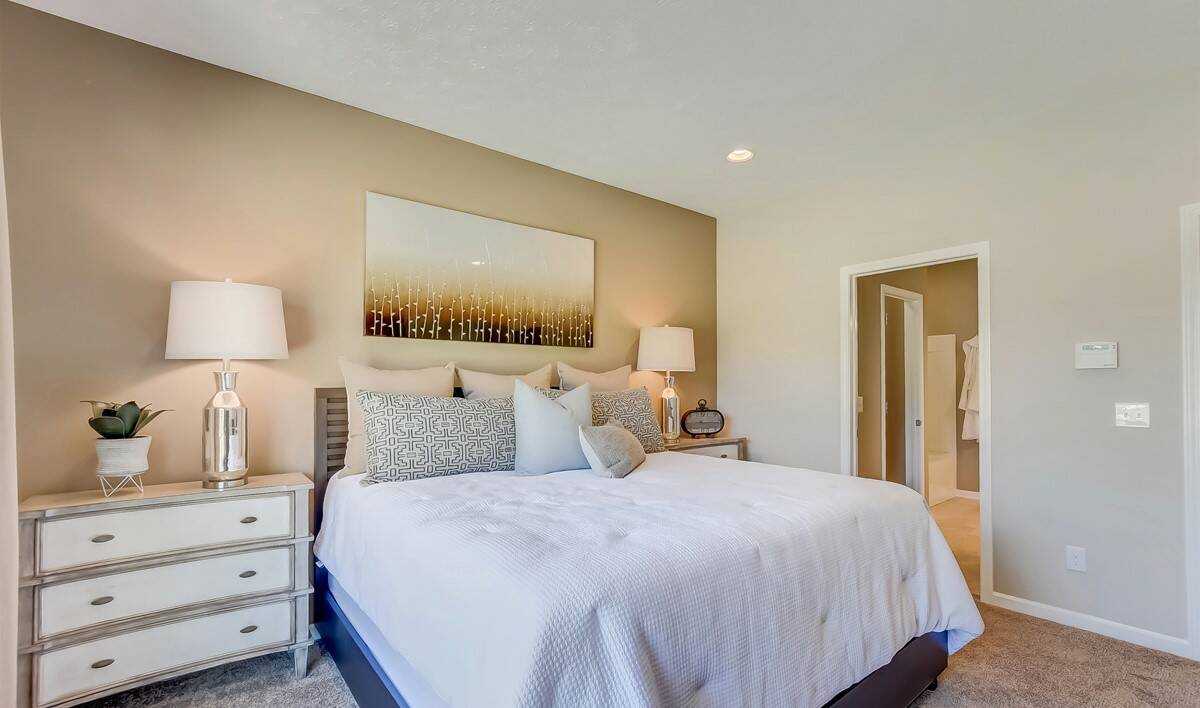 Cornerstone Farms Eastwood Owners Suite-2