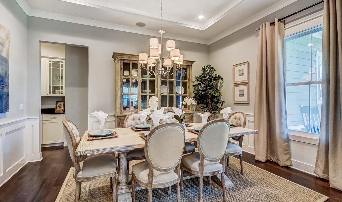 Hampton Lake Ravenna Loft Dining Room-2