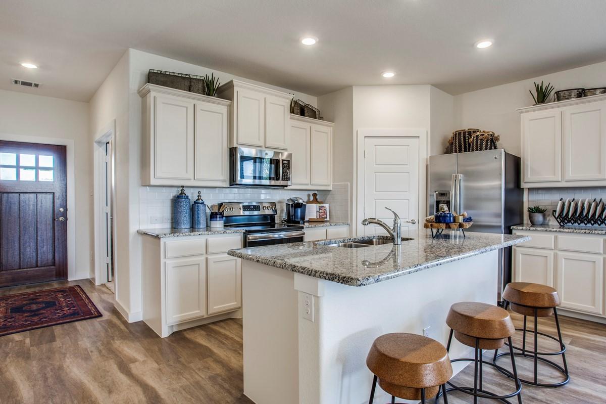 7644 Parkview Lane_Parkview_Model_kitchen