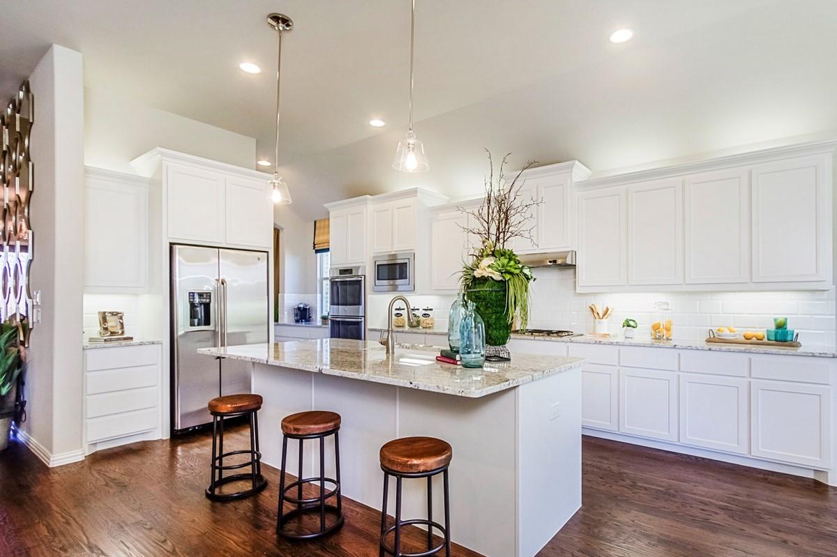 New Homes in Roanoke Texas Seventeen Lakes Estates Hillcrest Kitchen