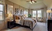 Owner's suite_Prairie Glen 24126 IMG 18_1_1c