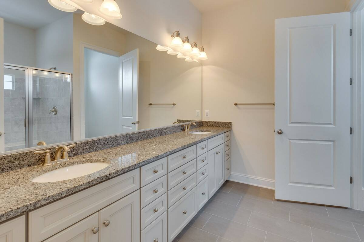 owners bath highbury 25900 lot 40 at greens hearth collection